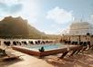 Zwembaddek ms Paul Gauguin